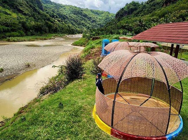 Cantiknya Wisata Lemah Rubuh Selopamioro